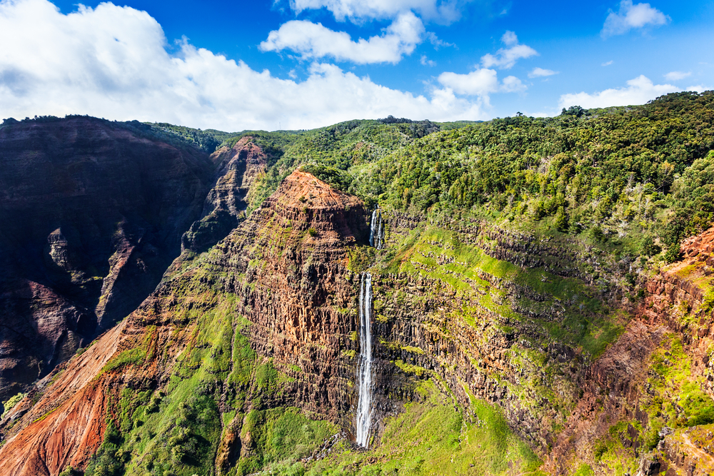 waterfall hawaii excursion helicopter