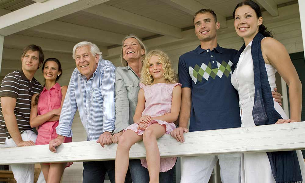 family-reunion-travel
